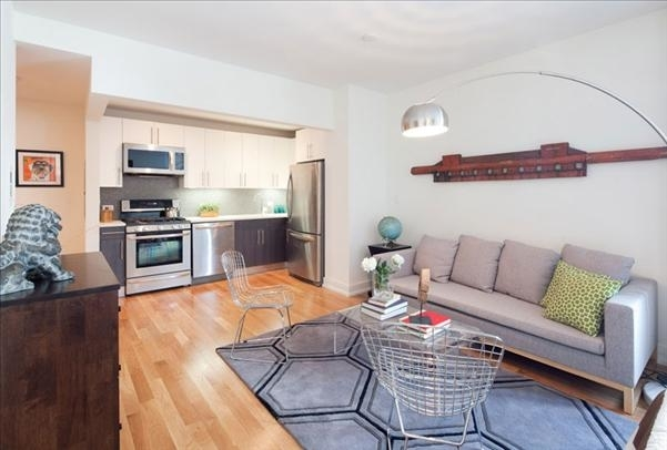 2 Bedrooms, Williamsburg Rental in NYC for $4,385 - Photo 2