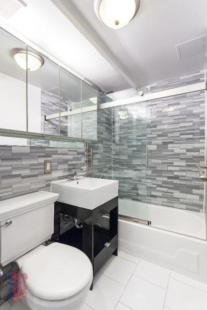 1 Bedroom, Alphabet City Rental in NYC for $2,765 - Photo 1