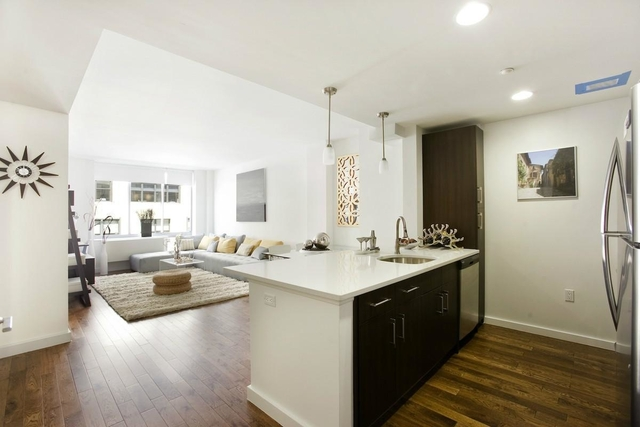 3 Bedrooms, Chelsea Rental in NYC for $6,250 - Photo 1