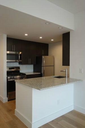 Studio, Battery Park City Rental in NYC for $2,607 - Photo 2