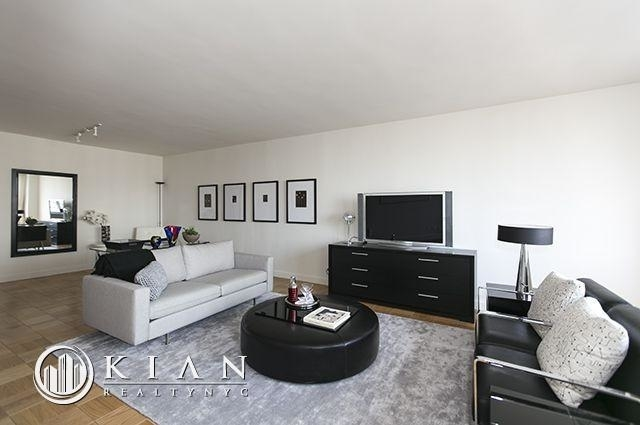 4 Bedrooms, Sutton Place Rental in NYC for $16,000 - Photo 1