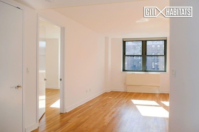 2 Bedrooms, NoHo Rental in NYC for $7,200 - Photo 2