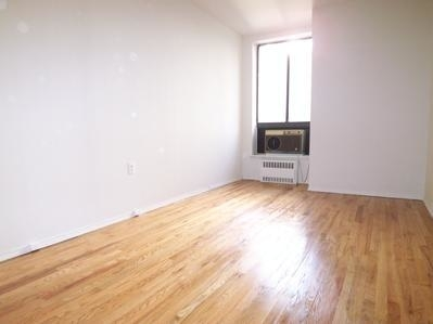 3 Bedrooms, Gramercy Park Rental in NYC for $5,598 - Photo 2
