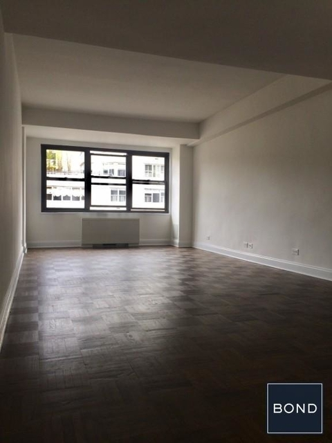 1 Bedroom, Chelsea Rental in NYC for $4,900 - Photo 2
