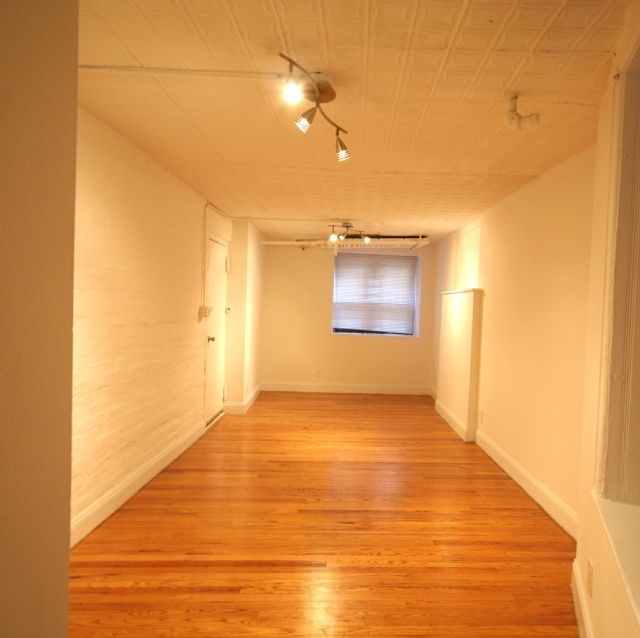 3 Bedrooms, West Village Rental in NYC for $4,600 - Photo 1