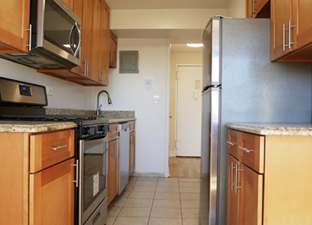 Studio, Pelham Parkway Rental in NYC for $1,725 - Photo 1