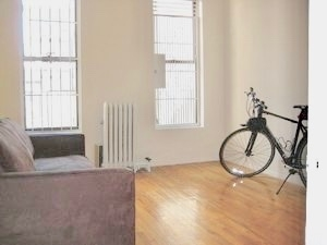 2 Bedrooms, Upper West Side Rental in NYC for $3,975 - Photo 1