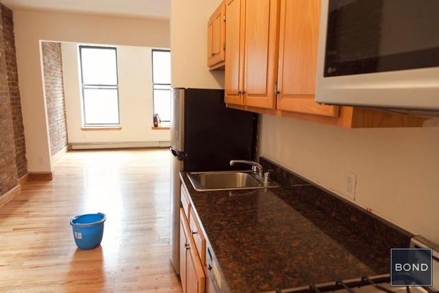 Studio, Hell's Kitchen Rental in NYC for $2,205 - Photo 2