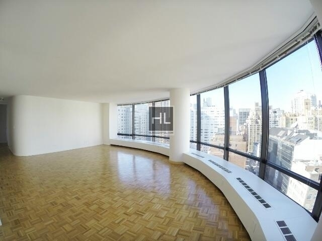 2 Bedrooms, Upper East Side Rental in NYC for $9,500 - Photo 2