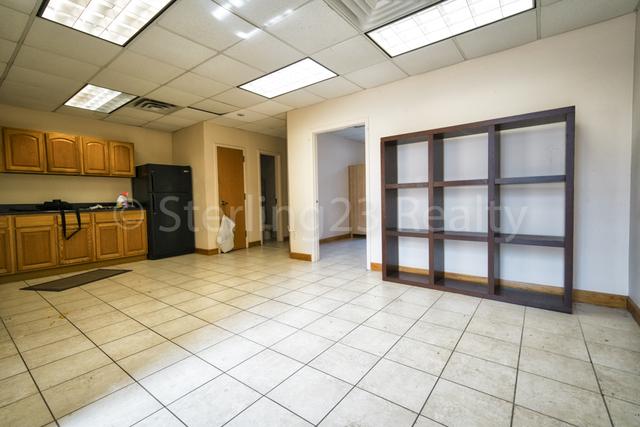 4 Bedrooms, Astoria Rental in NYC for $4,200 - Photo 1