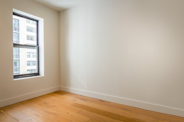 3 Bedrooms, Turtle Bay Rental in NYC for $5,790 - Photo 2