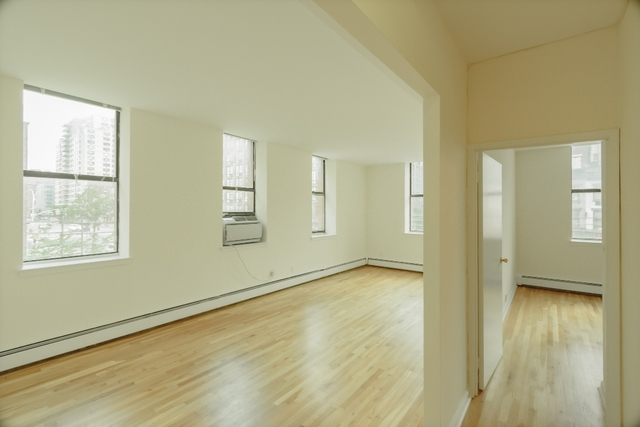 2 Bedrooms, East Village Rental in NYC for $5,250 - Photo 1