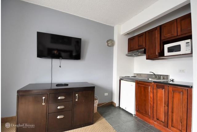 Studio, Hell's Kitchen Rental in NYC for $2,200 - Photo 2