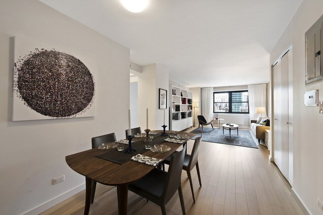 2 Bedrooms, Murray Hill Rental in NYC for $5,370 - Photo 1