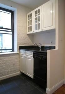 2 Bedrooms, Gramercy Park Rental in NYC for $4,304 - Photo 2