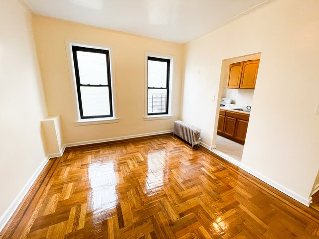 1 Bedroom, Richmond Hill Rental in NYC for $1,475 - Photo 1
