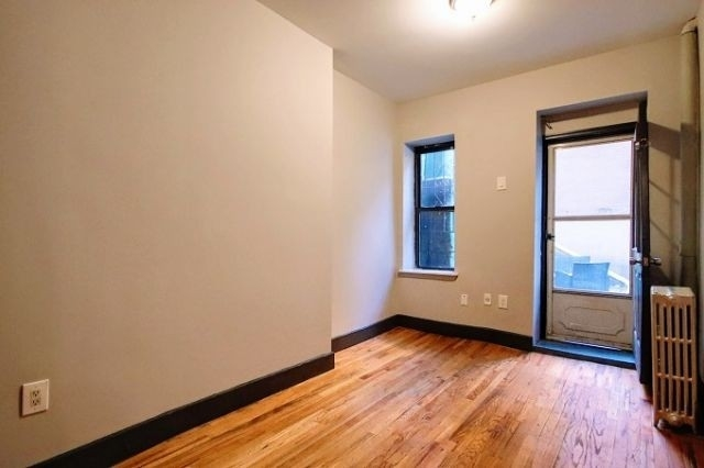 1 Bedroom, East Village Rental in NYC for $2,800 - Photo 2