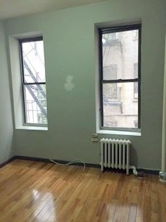 2 Bedrooms, Alphabet City Rental in NYC for $2,360 - Photo 2
