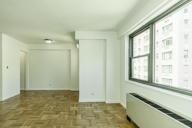 Studio, Carnegie Hill Rental in NYC for $2,800 - Photo 2
