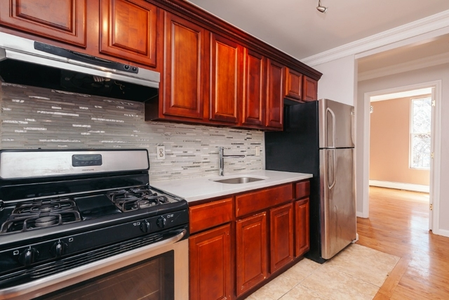 2 Bedrooms, Bushwick Rental in NYC for $2,595 - Photo 2