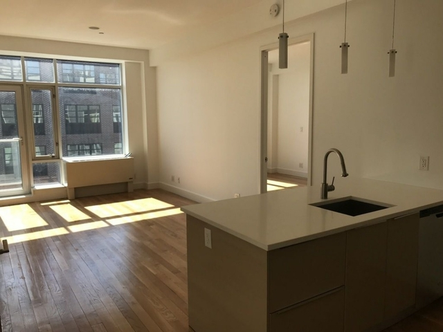 3 Bedrooms, East Williamsburg Rental in NYC for $4,799 - Photo 2