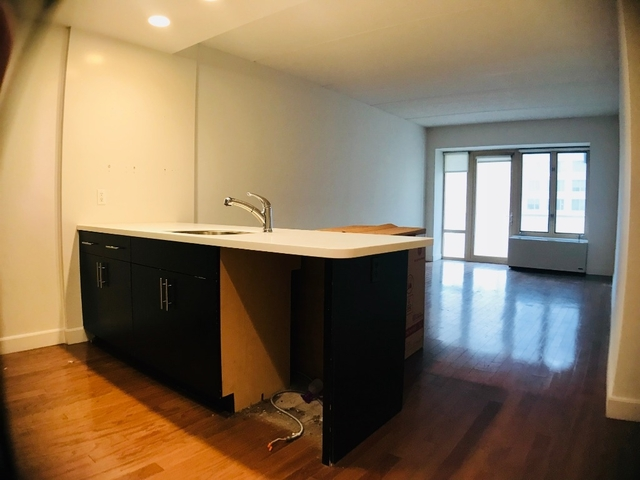 1 Bedroom, Long Island City Rental in NYC for $2,800 - Photo 2