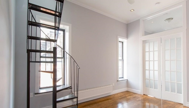 2 Bedrooms, Greenwich Village Rental in NYC for $5,257 - Photo 1