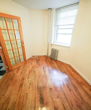 2 Bedrooms, Alphabet City Rental in NYC for $2,460 - Photo 1