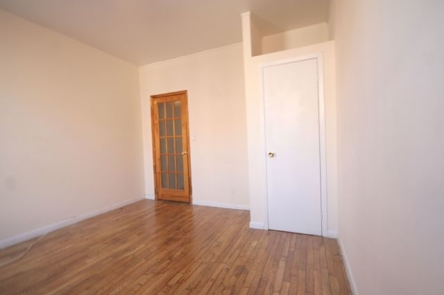 2 Bedrooms, Alphabet City Rental in NYC for $2,420 - Photo 2