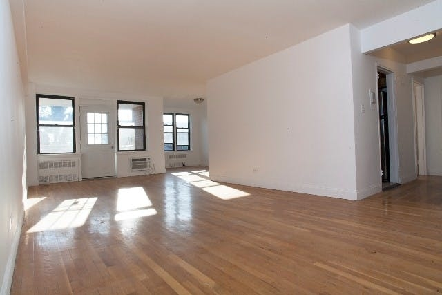 2 Bedrooms, Midwood Rental in NYC for $2,250 - Photo 2