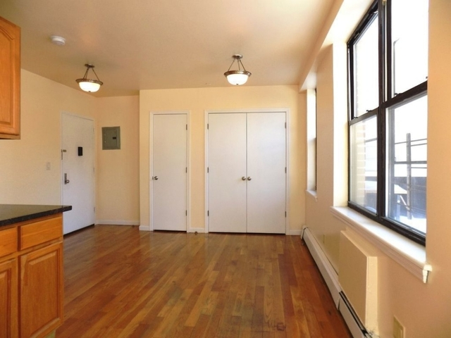 1 Bedroom, East Williamsburg Rental in NYC for $1,799 - Photo 2