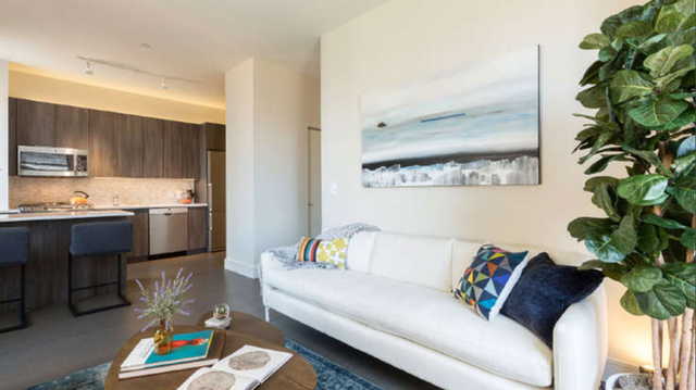 Loft, Financial District Rental in NYC for $2,450 - Photo 2