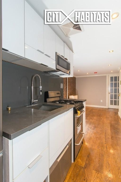 2 Bedrooms, East Village Rental in NYC for $4,234 - Photo 2