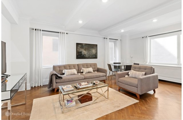 3 Bedrooms, Lenox Hill Rental in NYC for $14,500 - Photo 2