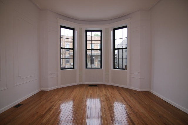 3 Bedrooms, Glendale Rental in NYC for $2,800 - Photo 2