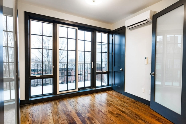 Room, Prospect Heights Rental in NYC for $1,499 - Photo 2