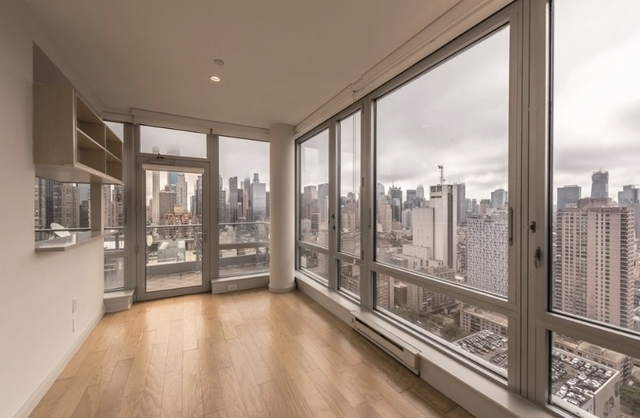 2 Bedrooms, Hell's Kitchen Rental in NYC for $6,995 - Photo 1