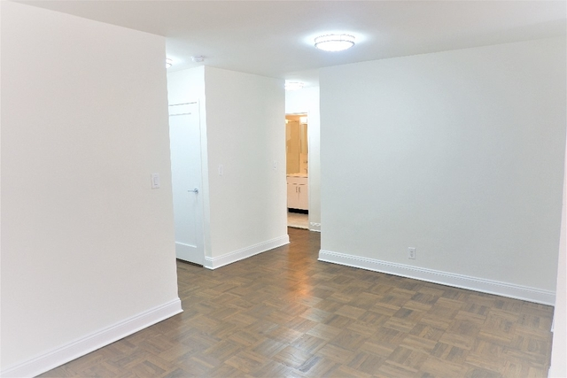 1 Bedroom, Sutton Place Rental in NYC for $3,138 - Photo 1
