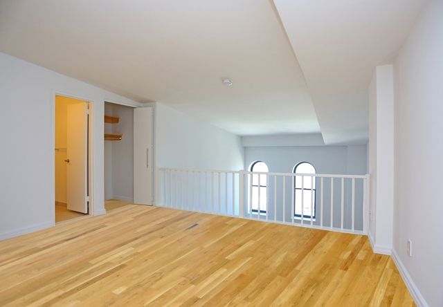 1 Bedroom, West Village Rental in NYC for $6,198 - Photo 2