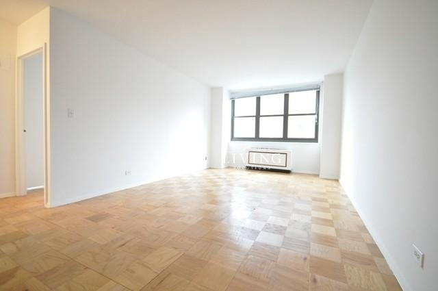 3 Bedrooms, Upper East Side Rental in NYC for $7,895 - Photo 1