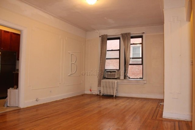 1 Bedroom, Steinway Rental in NYC for $2,100 - Photo 1