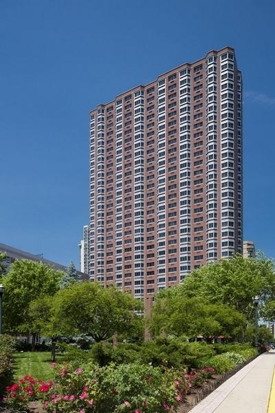 2 Bedrooms, Newport Rental in NYC for $4,145 - Photo 1