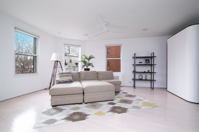 3 Bedrooms, West Village Rental in NYC for $12,500 - Photo 1