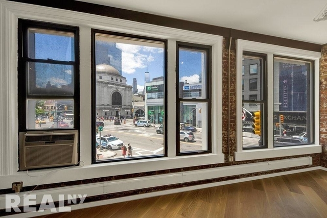 4 Bedrooms, Chinatown Rental in NYC for $8,245 - Photo 1