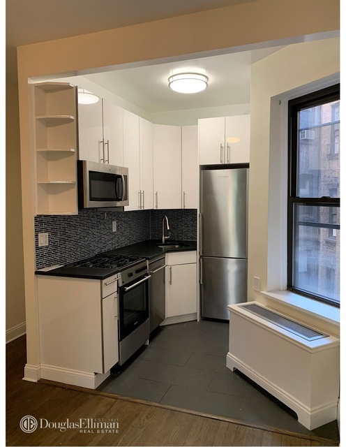 1 Bedroom, SoHo Rental in NYC for $3,200 - Photo 2