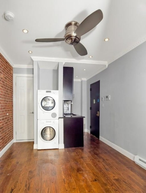 1 Bedroom, Civic Center Rental in NYC for $2,750 - Photo 2