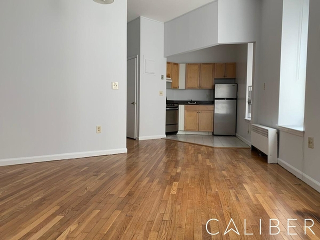 2 Bedrooms Upper West Side Rental In Nyc For 3 184 Photo 1