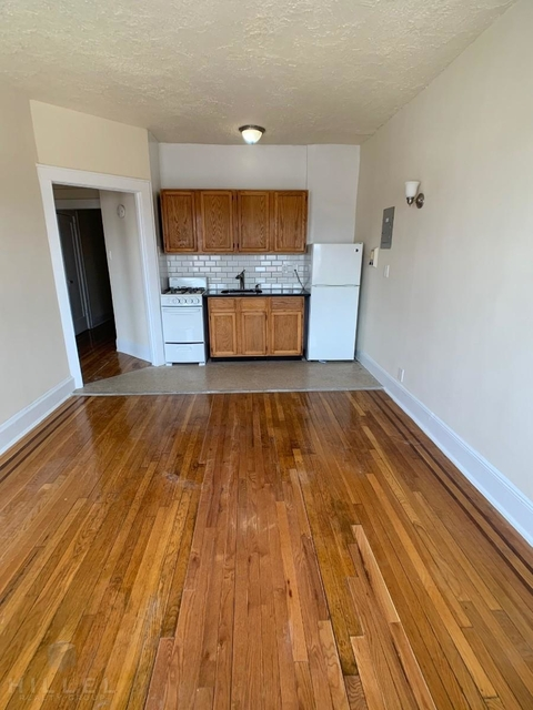 1 Bedroom, Queens Village Rental in Long Island, NY for $1,710 - Photo 2