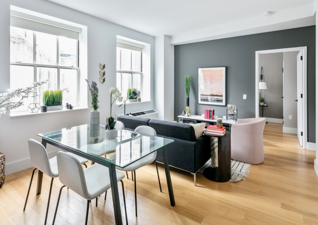 3 Bedrooms, Financial District Rental in NYC for $6,295 - Photo 2