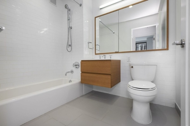 2 Bedrooms, Flatiron District Rental in NYC for $10,185 - Photo 2